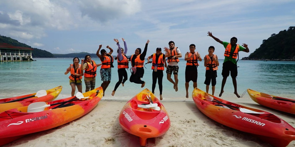 Perhentian_Island_Resort_Canoe-Group